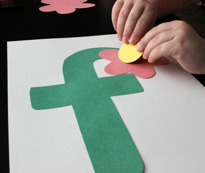 F-is-for-Flower-Craft-for-Preschoolers-letter-f