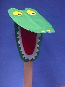alligator-craft-from-paper-and-stick