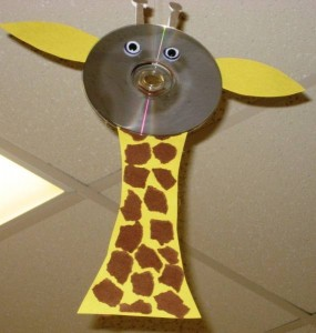 cd-giraffe-craft-ideas-for-kids