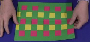 do-construction-paper-weaving-with-your-kids