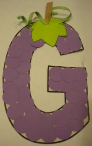free-alphabet-letter-g-crafts-grapes