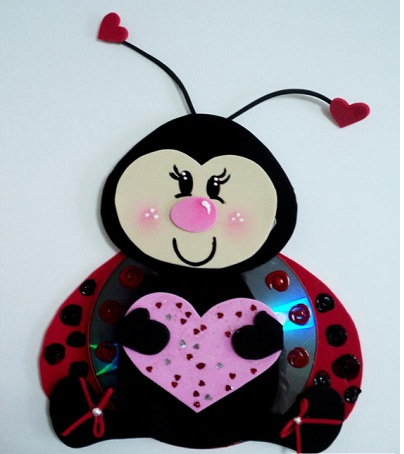 ladybug-crafts-idea-from-cd-for-preschool