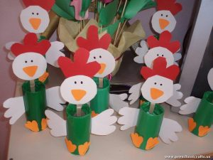 chicken-craft-idea-for-kids-with-toilet-rolls