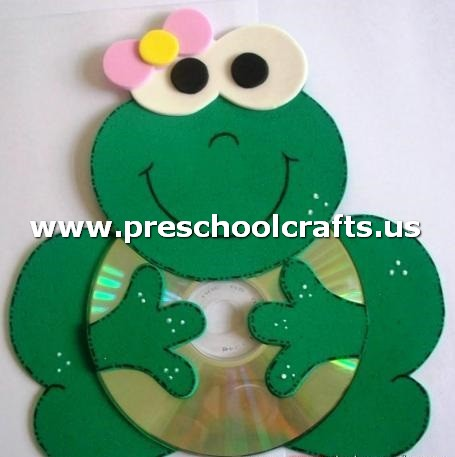 Cd craft ideas for kids preschool and kindergarten for Frog crafts for preschoolers