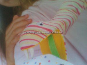 snake-puppet-crafts-idea-for-kids
