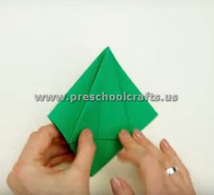 3d-paper-christmas-tree-step-10