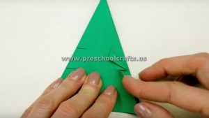 3d-paper-christmas-tree-step-18