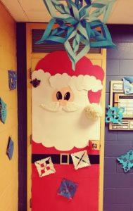 christmas-door-decor-for-preschool