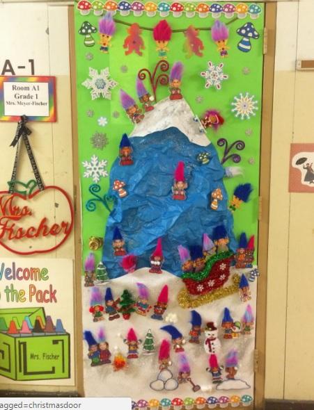 Christmas Doors Decorations Ideas