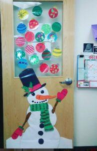 christmas-door-decoration-ideas-for-school