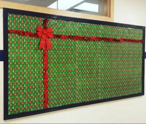 christmas-gift-bulletin-board