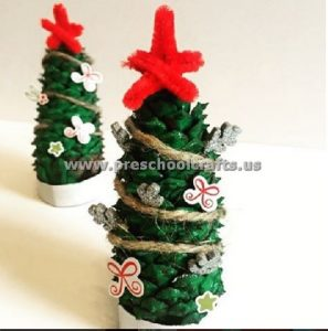 pine-cone-christmas-tree-for-kids