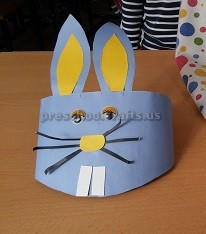 Preschool craft to easter rabbit