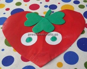 preschool craft idea to strawberry