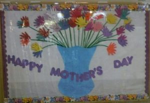 Bulletin board ideas to mothers day for kindergarten