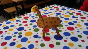Giraffe craft ideas for kindergarten