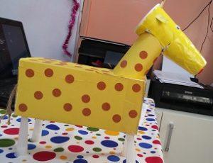 Giraffe crafts idea for preschool and kindergarten
