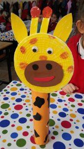Preschool craft ideas related to giraffe