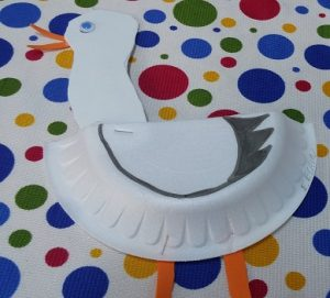 preschool craft to stork paperplate