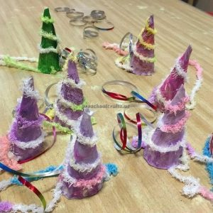 christmas noel hat crafts for preschooler