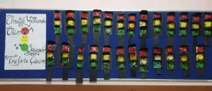 traffic light bulletin board for preschoolers