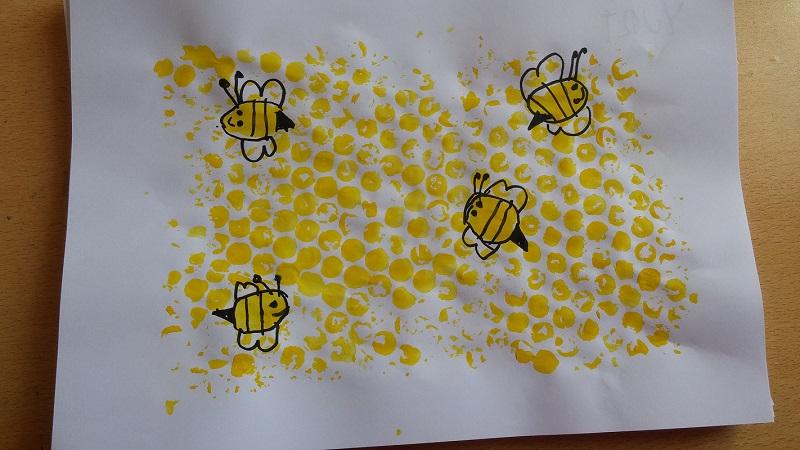 bubble nylon print honeycomb and bee kindergarten activity ideas