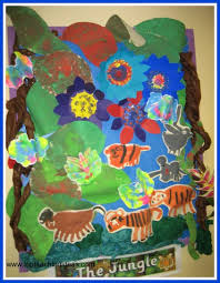 creative animals bulletin board idea for preschool