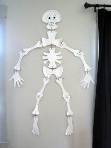 kids_paper_plate_skeleton_craft