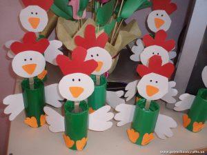 chicken-craft-idea-for-kids-with-toilet-rolls