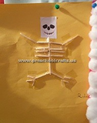 making-skeleton-with-ear-stick-for-first-grade