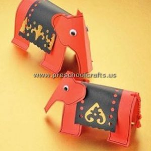 elephant-crafts-ideas-colored-paper
