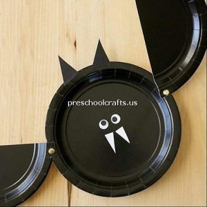 bat-crafts-with-paper-plate