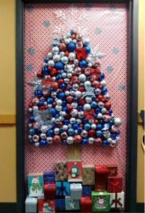 kindergarten-christmas-door-ideas