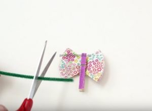 cupcake liners butterfly craft to make for preschooler