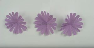 cupcake liners flower craft making for pre-school
