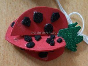 Strawberry craft idea for kindergartners