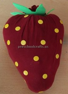 Strawberry craft idea for preschooler