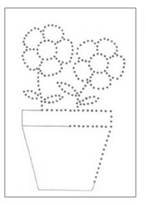 flowers tacing worksheet for kindergarten and preschool