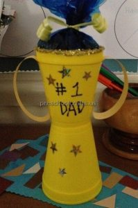 Happy Father's Day Trophy Craft Ideas for Preschool and Kindergarten