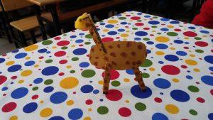 Giraffe craft ideas for kindergarten