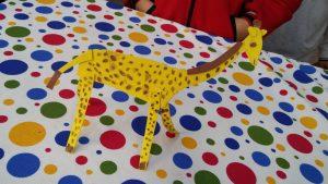 Kindergartners craft ideas related to giraffe