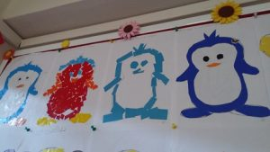 Easy bulletin board ideas related to penguin