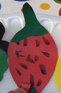 strawberry craft ideas for preschool and kindergarten