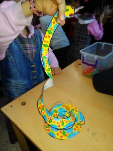 preschoolers snake craft ideas