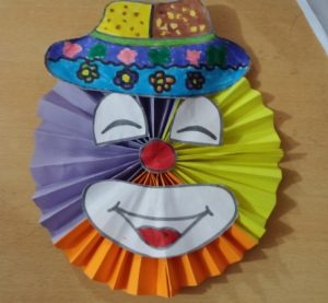 funny clown craft for preschoolers