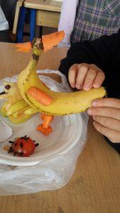 furuits banana chicken craft idea for kids