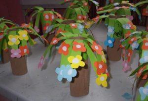 spring flower tree craft idea for preschoolers
